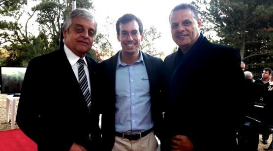 O CEO da Tecverde entre Euclesio Finatti Vice-Presidente de Área Técnica do SINDUSCON, e Milton Anauate da PRESI – Consultoria da Presidência (CEF).